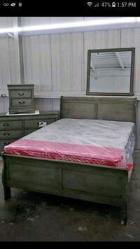 Brand New Grey 5pcs Queen Bedroom Set  Austin, 78753