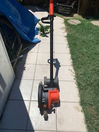 Black and Decker power grass edger for sale.  Good condition $35.00 Compton, 90222