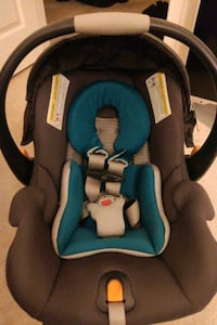 Like new chicco keyfit 30Zip air carseat Vienna, 22182