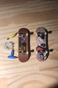 2 tech decks (trucks loose on one but still work good) Point Of Rocks, 21777