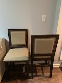 Set of 2 high end stools/counter height chairs Glen Mills, 19342
