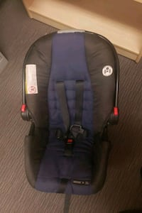 carseat with stroller  New Westminster, V3L 2B8