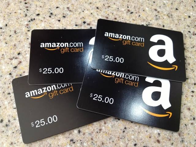 Photo Selling Amazon Gift Card