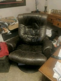 brown leather recliner sofa chair Oregon City, 97045