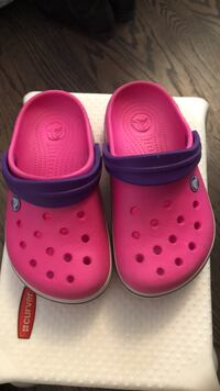Crocs size 1 for girls