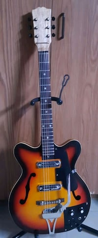 1963 Teisco Del Ray hollowbody electric guitar