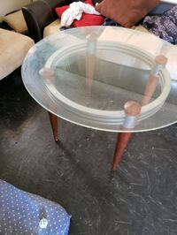 Glass table med size