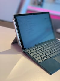Surface pro 4 with keyboard and pen Tulsa, 74128