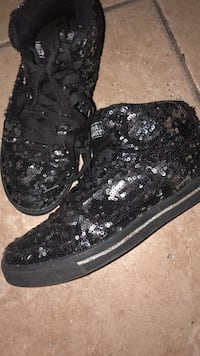 Sequin Black high top sneakers Cathedral City, 92234