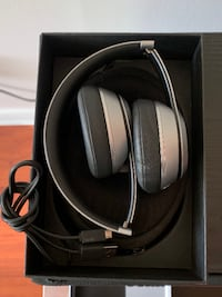 Beats by Dr. Dre Solo2 Wireless Over the Ear Headphones - Space Gray Toronto