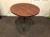 """Wicker and metal round 36"""" collapsible table Omaha, 68132"""