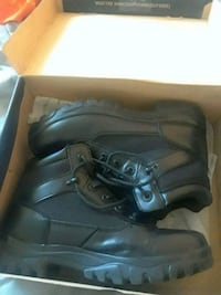 pair of black leather steeltoe work boots with box Cincinnati, 45214