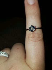 Gold Sapphire and tiny diamond ring East Troy, 53120