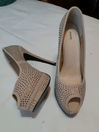 Shoes - 9 Mississauga, L5R 3C7