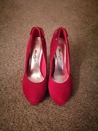 Red Suede Heels Lithonia, 30038