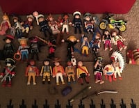 25 playmobil people with accessories Langley, V3A 4B6