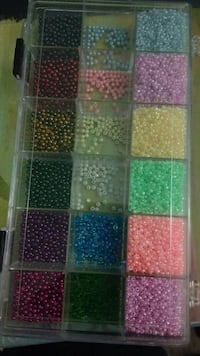assorted colors of beads lot with tackle box Media, 19063