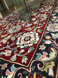 Wool 5x9 red and blues area rug. Smoke and pet free home. Windsor Locks, 06096
