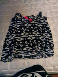 Shirt with zipper in back xl Greeley, 80634