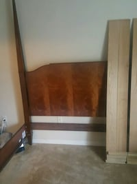King sized wooden bed frame Clermont, 34714