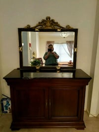 Solid Wood Buffet and Mirror Austin, 78729
