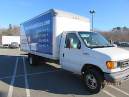 2006 Ford e350 Super Duty 16' box truck
