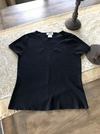 Size Small Top Franklin, 37067