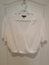 Dynamite Cropped Flowy Top Mississauga, L5G 3X3