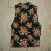 Floral crop top Winnipeg, R3J 1M4