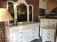 Dresser with mirror and nightstand  Herndon, 20171