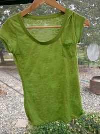 green scoop-neck cap-sleeved shirt Nanaimo, V9R 1S4