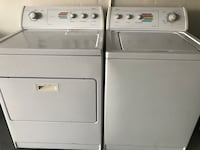 Whirlpool Washer And Dryer Electric Set