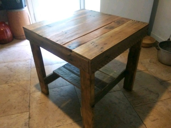 Awe Inspiring Used Pallet Table Built By Rousseaus Pallet Furniture For Sale Cjindustries Chair Design For Home Cjindustriesco