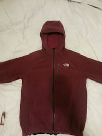 Girl's Northface sweater size L Winnipeg, R2W 2A8