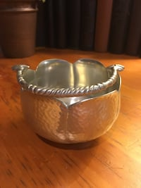 Silver candy dish with handle Mulvane, 67110