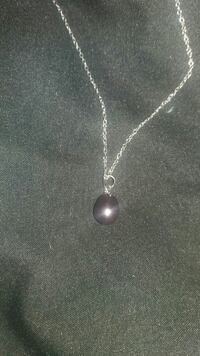Black pearl necklace 18 inch sterling silver chain Greenville, 24440