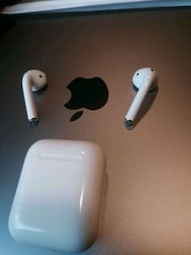 Apple Airpods!