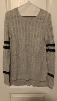 Light grey cable knit sweater