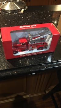 1934 snap-on 1:43 scale Ford tow truck