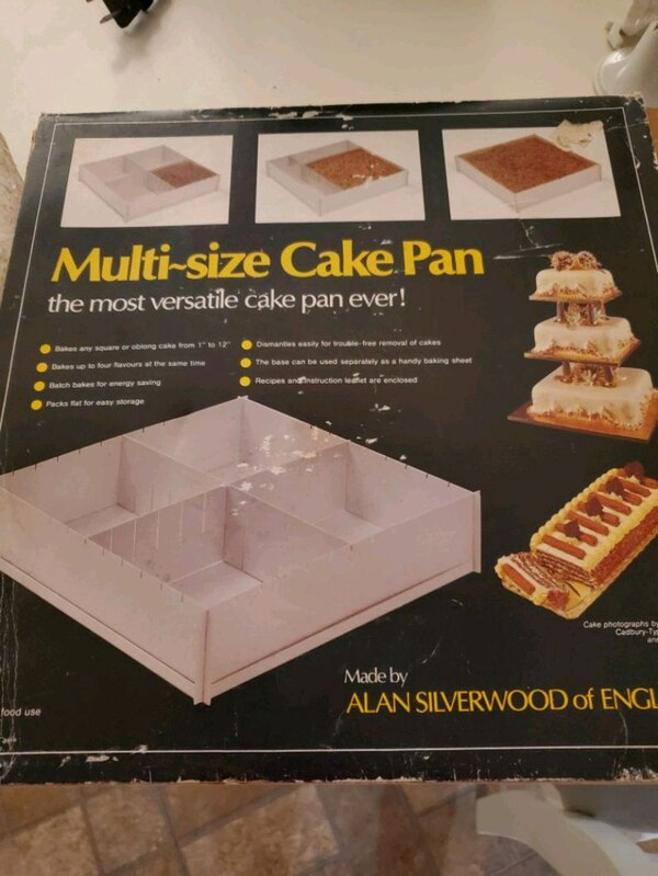 Multi size cake pan