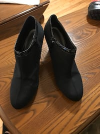 Shoes bootie.  8.5 Worcester, 01605