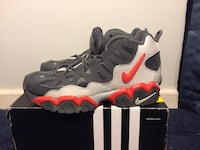 Nike AIR Slant Color: Gray/Orange  Martinsburg, 25404