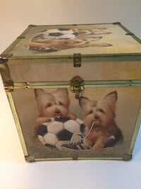 Cute storage trunk with dog print Ashburn, 20147