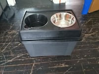 2 dish Dog Ben for food and feeding dishes  Thorold, L2V 3M4