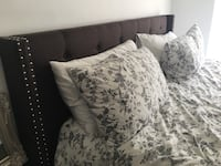 Bed frame and mattress king Monterey, 93940