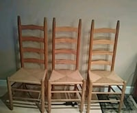 4 wooden chairs w wicker seat Willowbrook, 60527