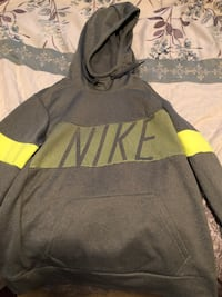 gray and black Adidas pullover hoodie Medford, 97504