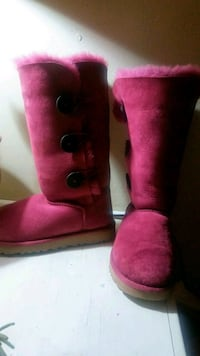 Blush Uggs high boots Raleigh, 27610