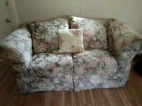 A two seater couch clean also have 3 seater Nashua, 03064