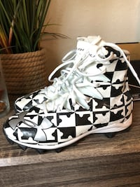 pair of white-and-black Coach sneakers Sunrise, 33323